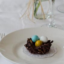 Nidi di cioccolato ( decorazione tavola di Pasqua )