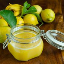 Curd al limone al microonde, velocissimo